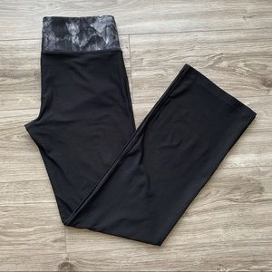 MONDETTA Black Yoga Pants Patterned Band Size Lg